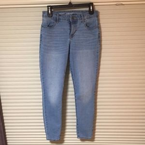 Old Navy Cropped Super Skinny Mid-Rise Jeans